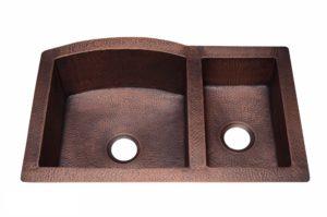 Copper Kitchen Sink 1554 - Dimensions: L 33 in. x W 22 in. x D 9 / 6 in.