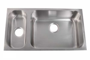 Stainless Steel Kitchen Sink 830 R - Right basin dimensions: L 32 in. x W 18 in. x D 5-1/4 / 8 in.
