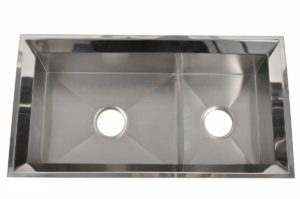 Stainless Steel Kitchen Sink EKD3218 - Dimensions: L 32 in. x W 18 in. x D 9 in.